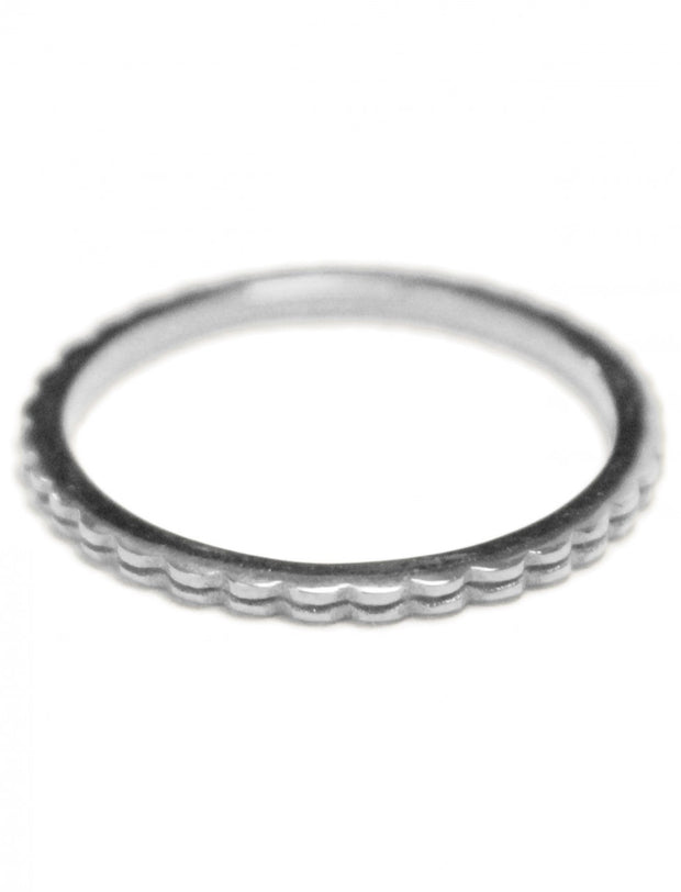 Thin Stack Wave Ring - Erika Peña