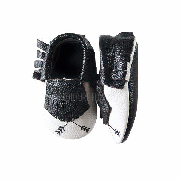 Black and White Arrow Baby Moccasins