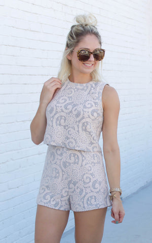 Wineo Deep V Lace Jumpsuit