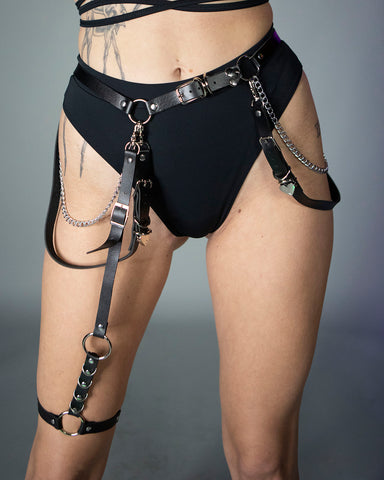 Heart 2 Heart Belt w/ Detachable Leg Garter