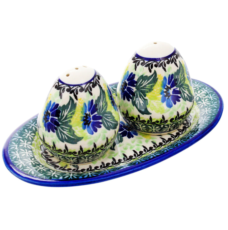 Polish Pottery Salt and Pepper Shakers w Tray - U207