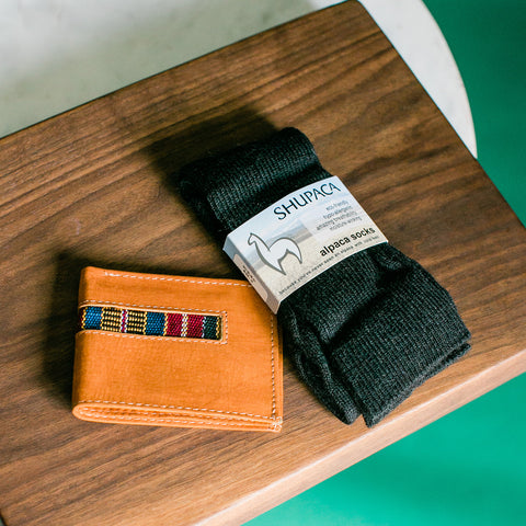 Shupaca Alpaca Sock and wallet Gift set