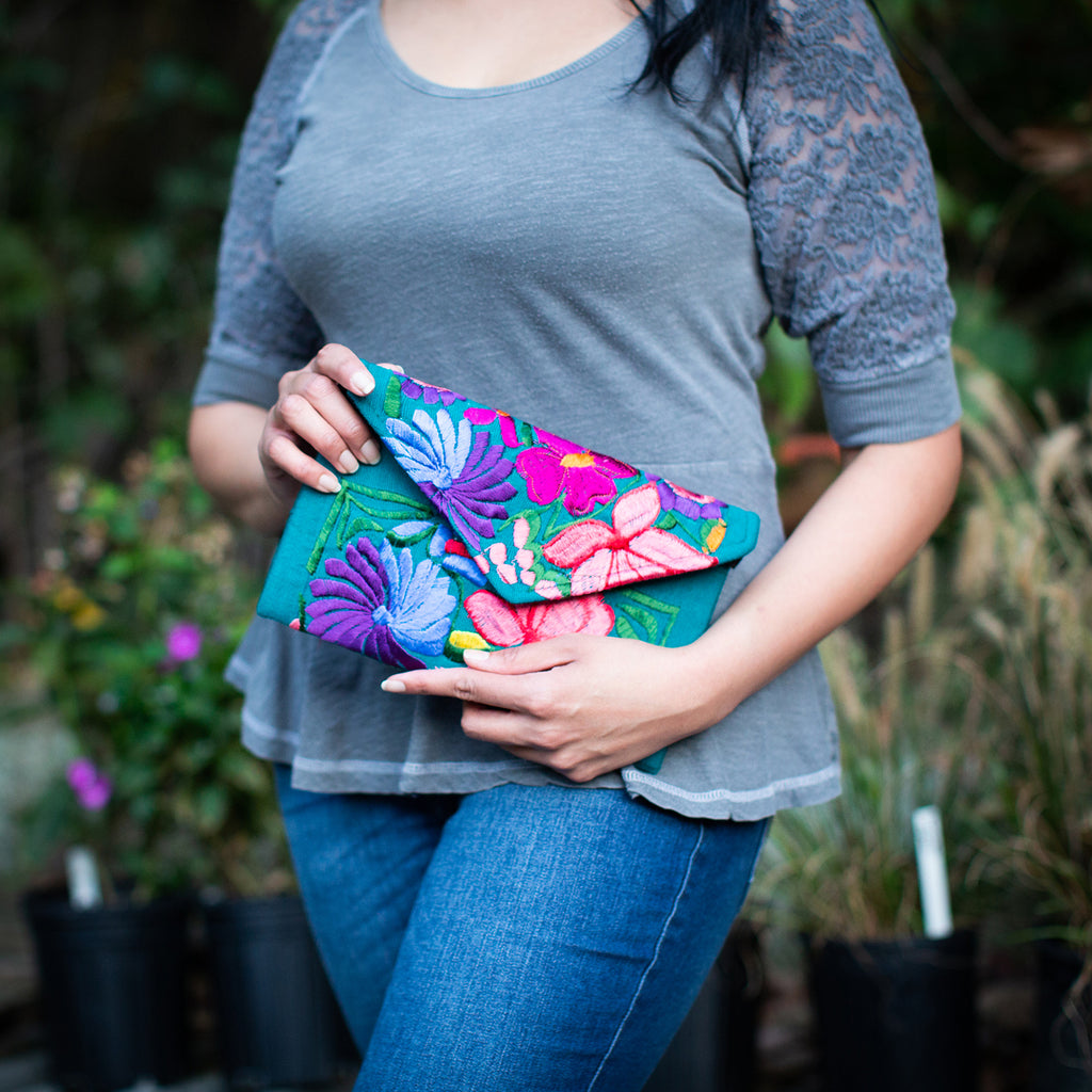 Lucia's World Emporium Fair Trade Handmade Guatemalan Fiesta Clutch Smallfiesta clutch fair trade handbag guatemala