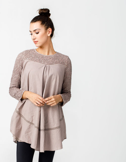 Wandering Star Top in Taupe