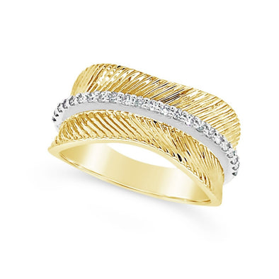 Textured Gold Ring with Center Diamond Detail