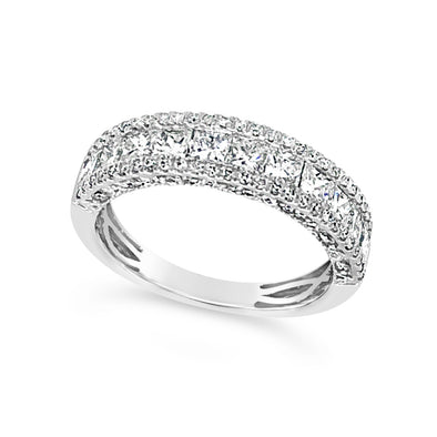 Princess and Round Diamond Halo Ring