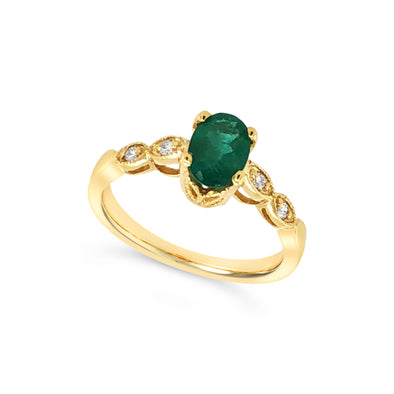 Oval Emerald and Milgrain Edge Diamond Design