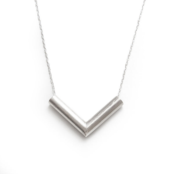 Flee Mini Silver Necklace