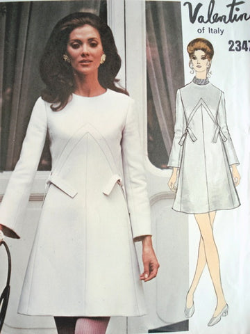 60s VALENTINO Beautiful Day or Party Dress Pattern VOGUE COUTURIER Design 2347 Bust 36 Vintage Sewing Pattern FACTORY FOLDED