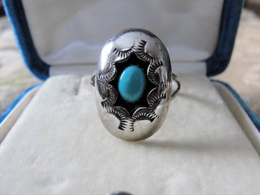 FABULOUS Vintage Sterling Silver and Turquoise Stone Ring,Sky Blue Turquoise,Vintage Native Indian Silver, Silver Ring,Old South West Turquoise Jewelry,South Western Jewelry