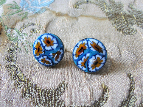 VINTAGE Striking Glass Earrings,Lovely Large Floral Pattern Glass Clip On Earrings,Clip Earrings,Unique Earrings,Czech Glass Earrings,Silver Backs,Collectible Jewelry
