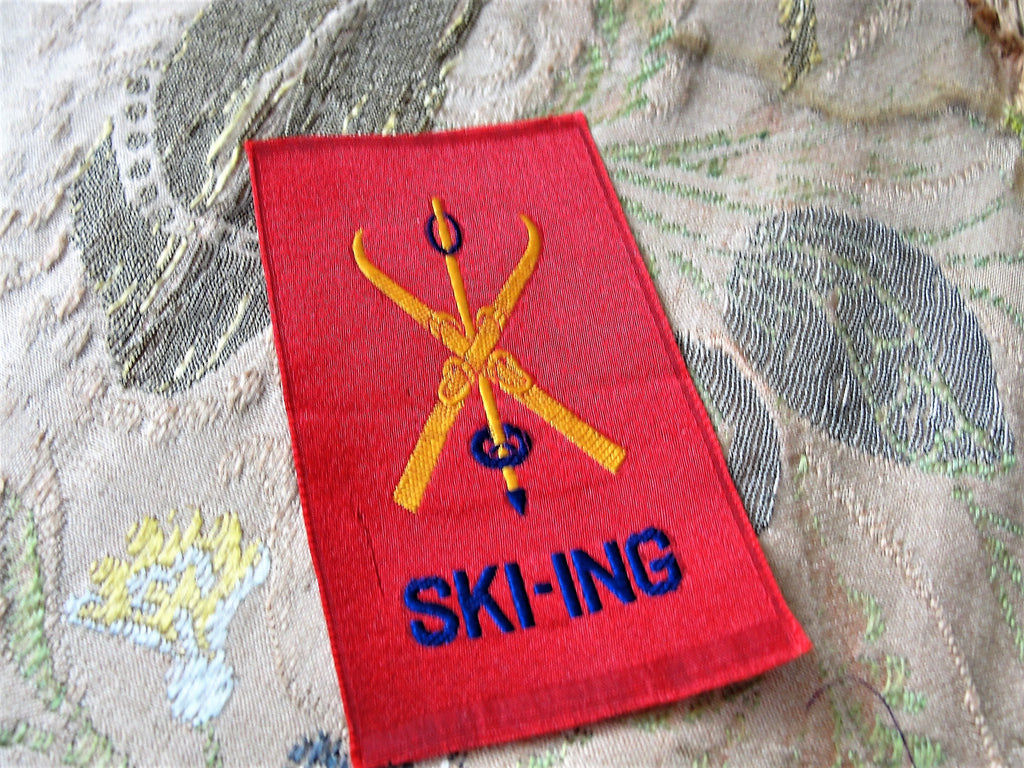 ANTIQUE Silk SKI-ING Patch, Sports Silk Patch, Sporting Silk Patch, Collectible Woven Silks,Vintage Premium Silks