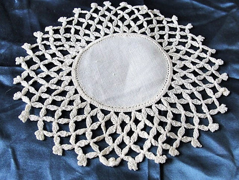 LOVELY Vintage Linen and Crochet Lace Small Doily Collectible Antique Linens