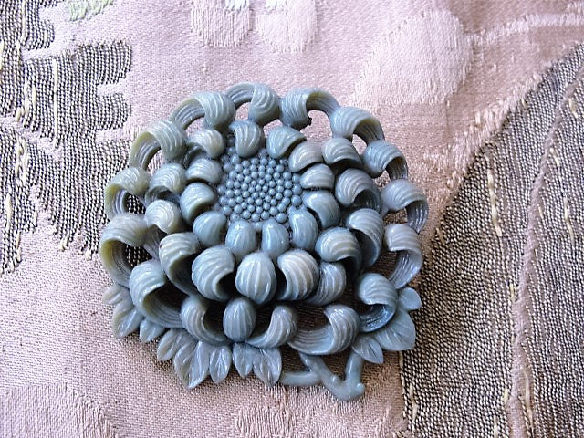 FAB Art Deco 1930s Vintage Carved Pierced High Relief Celluloid Chrysanthemum Floral Brooch Tinted Molded Early Plastic Jewelry To Wear or For Collector
