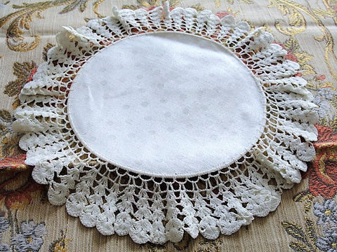 VICTORIAN Doily Very Fine Crochet Intricate Lace Damask Linen Center Just Beautiful Antique Doily Doilies