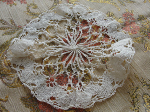 LOVELY Vintage Small Bobbin Lace Doily Pretty Handwork Add To Lace Doilies Collection Gift To Lace Doily Collector