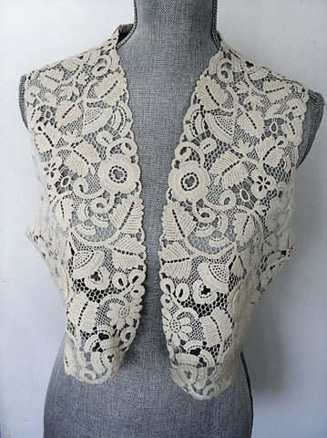 GORGEOUS Rare 20s-30s Lace Bolero, Jacket or Vest Irish Crochet Like Lace Flowers Gatsby Flapper Downton Abbey Bridal Vintage Clothing
