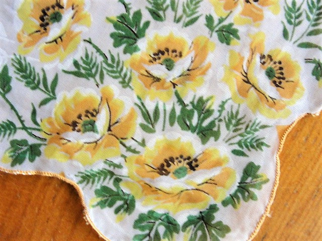 VINTAGE 50s Sheer Floral Hanky Hankie Handkerchief Collectible Vintage Hankies