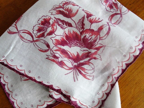 LOVELY 1940s Vintage Printed Hanky Handkerchief Hankie Collectible Hankies