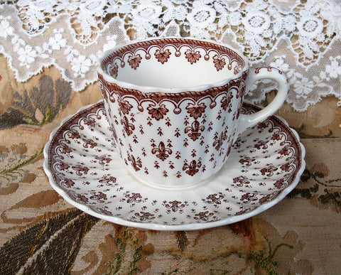 CHARMING Vintage Copeland Spode Teacup and Saucer Fleur-de-Lis Pattern Cup and Saucer, Brown Transferware, French Cottage Decor, Farmhouse Decor Collectible Teacups and Saucers