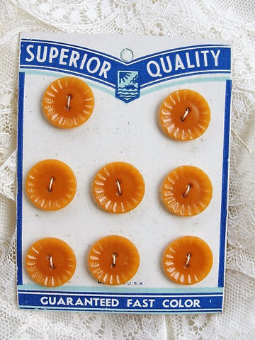 LOVELY Vintage 1930s Buttons, Set of 8, Bakelite Early Plastic, New Old Stock, Original Display Card Collectible Vintage Buttons