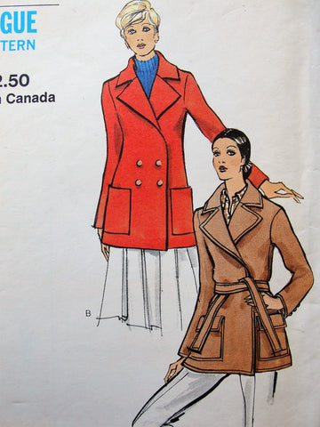 1970s FABULOUS Coat Jacket Pattern VOGUE 8255 Two Versions Classy WRAP or Double Breasted Button,Easy Classy Designs Bust 34 Vintage Sewing Pattern