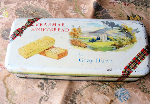 CHARMING Vintage Gray Dunn Biscuit Tin, Braemar Shortbread Cookies Tin, Scotland Souvenir Tin, Scottish Tartan Tins, Kitchen Decor, Farmhouse Decor, Great Britain,Collectible Tins
