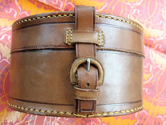 FABULOUS Antique Victorian English Gentleman LEATHER Travel Collar Box Ralph Lauren Style Mens Travel Accessory Case Cuff Link Jewel Box
