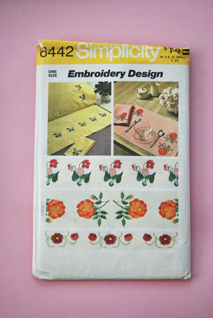 1970s Uncut Simplicity Embroidery Floral Design Transfer 6442 Vintage Sewing Retro Crafting
