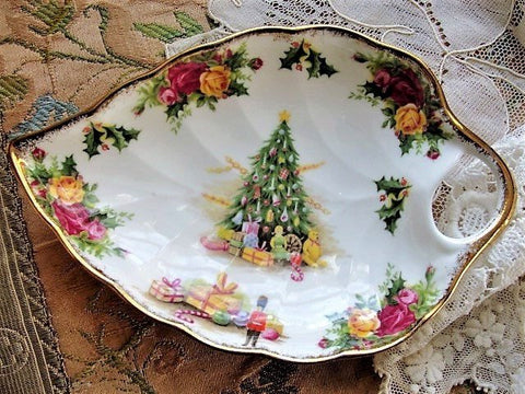 CHARMING Vintage CHRISTMAS MAGIC By Royal Albert English Bone China Candy Serving Dish Country Roses Perfect For The Holidays or as a Gift