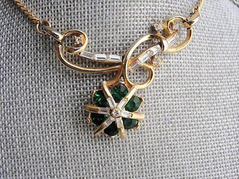 BEAUTIFUL 1950s Emerald Green Rhinestones Necklace, Unique Design, Gold Tone Metal Necklace,Elegant Evening Necklace,Bridal Jewelry