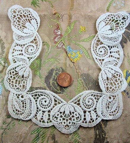 Lovely Vintage Lace TINY COLLAR Children or Large Doll  Hard To Find Small Size Intricate Design Flapper Clothing Bridal Wedding