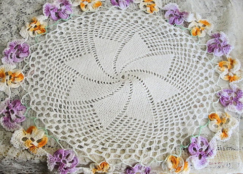 Lovely Vintage LARGE Hand Crochet FIGURAL PANSY Edged Doily Colorful Decorative Shabby Chic Romantic Decor