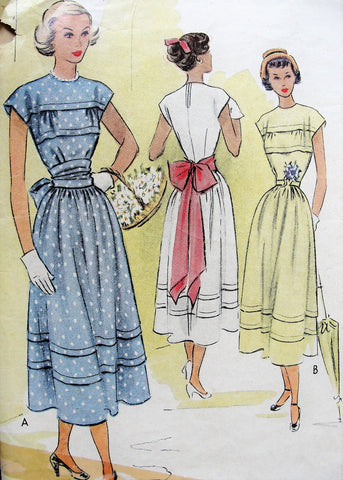 1940s BEAUTIFUL Dress Pattern McCALL 7663 Very Pretty Design Large Sash or Belt, Bust 35 Vintage Sewing Pattern