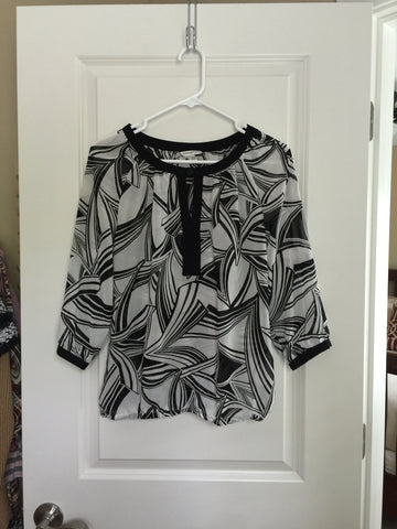 Banana Republic Black and White Top