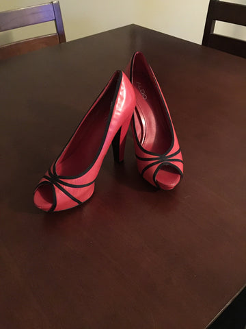 Aldo pumps size 9 red