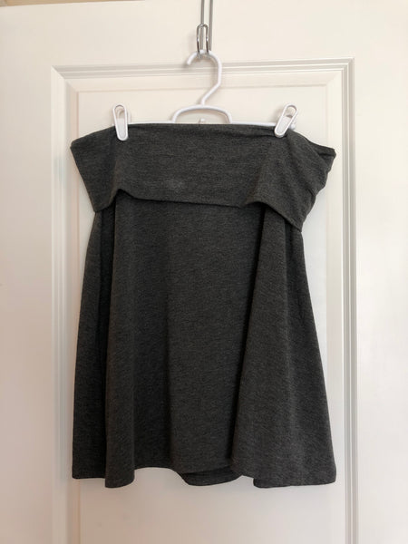 Old navy gray skirt large
