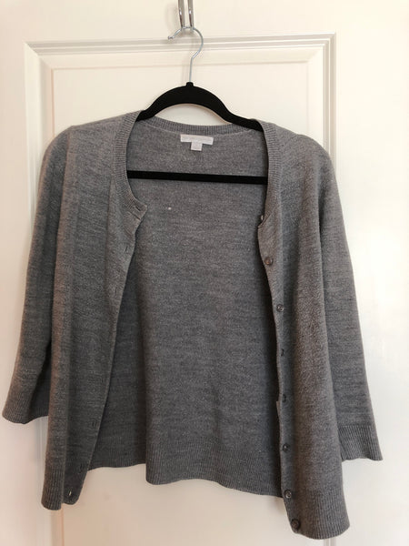 New York and company medium gray cardigan sweater