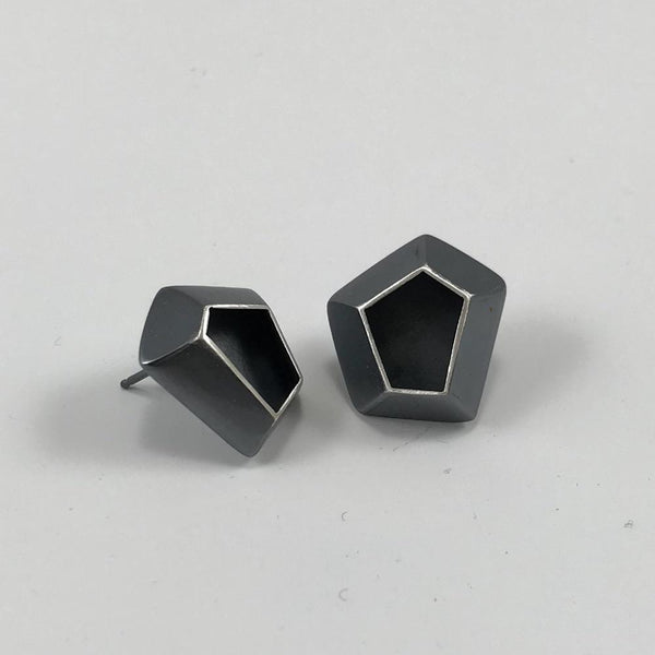 multi-faceted studs