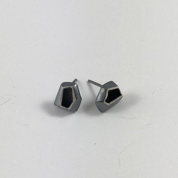 multi-faceted small studs