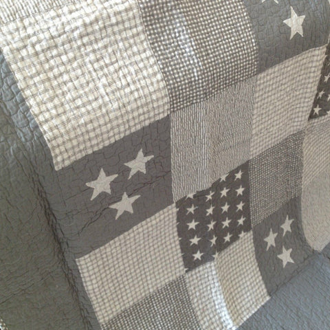 Lachlan Cotton Quilted Patchwork Hamptons Stars Throw Rug in Grey