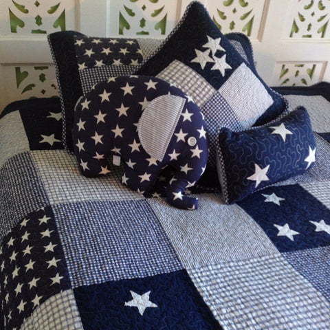 Lachlan Single Bed Kids Coverlet Set in Navy