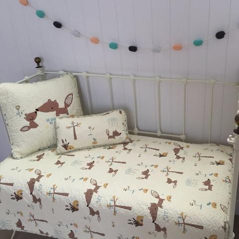 Squirrel Cotton Cot Quilt