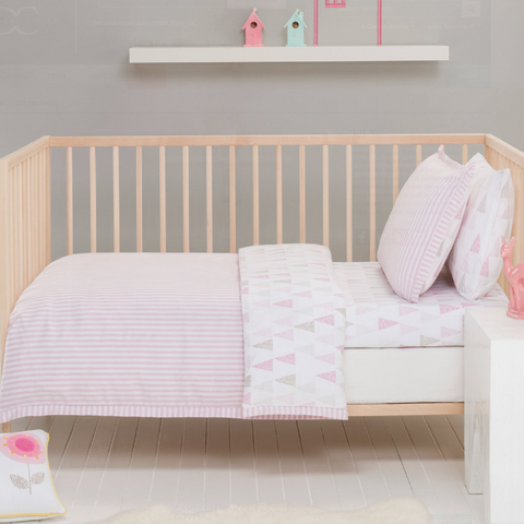 Lily Pink & White Cot Quilt Cover, Pillow Case & Wool Quilt Baby Bedding Package