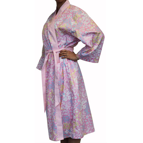 A Pretty  Pink Floral Cotton Bathrobe Daisy