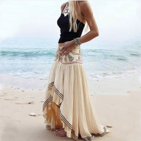LACE BEACH SKIRT