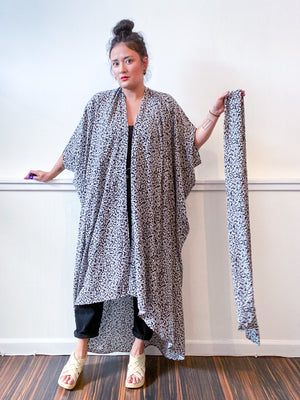 Print High Low Kimono Black Static Rayon Challis