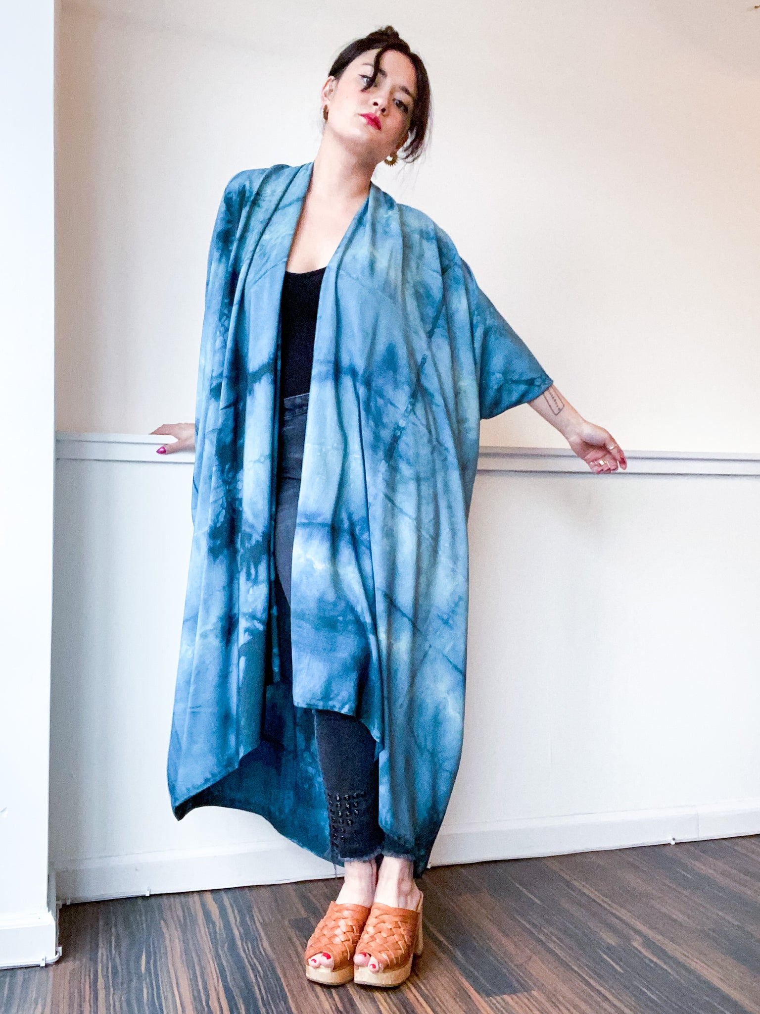 Hand-Dyed High Low Kimono Soft Teal Lines