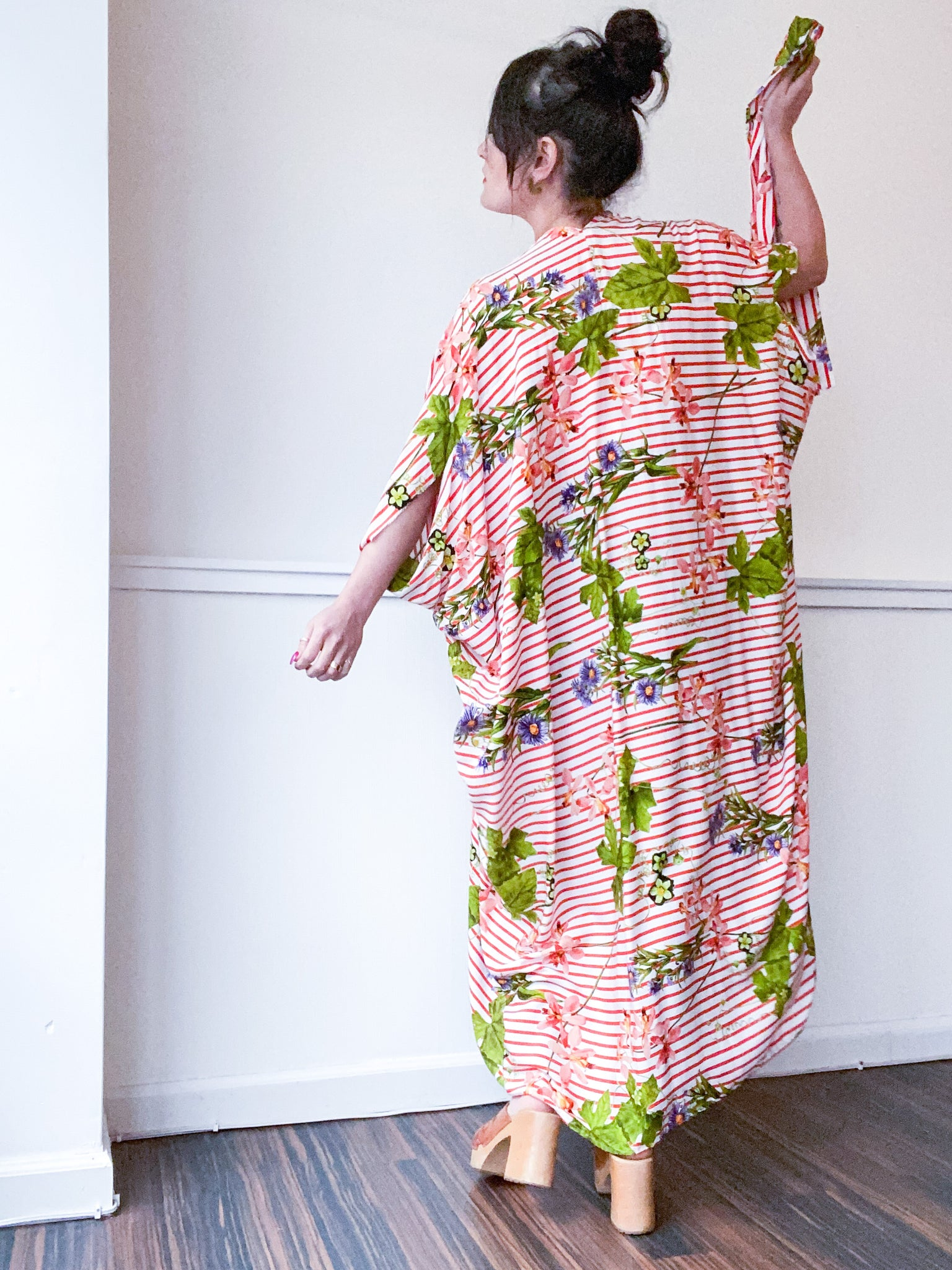 Print High Low Kimono Red Stripe Wildflowers