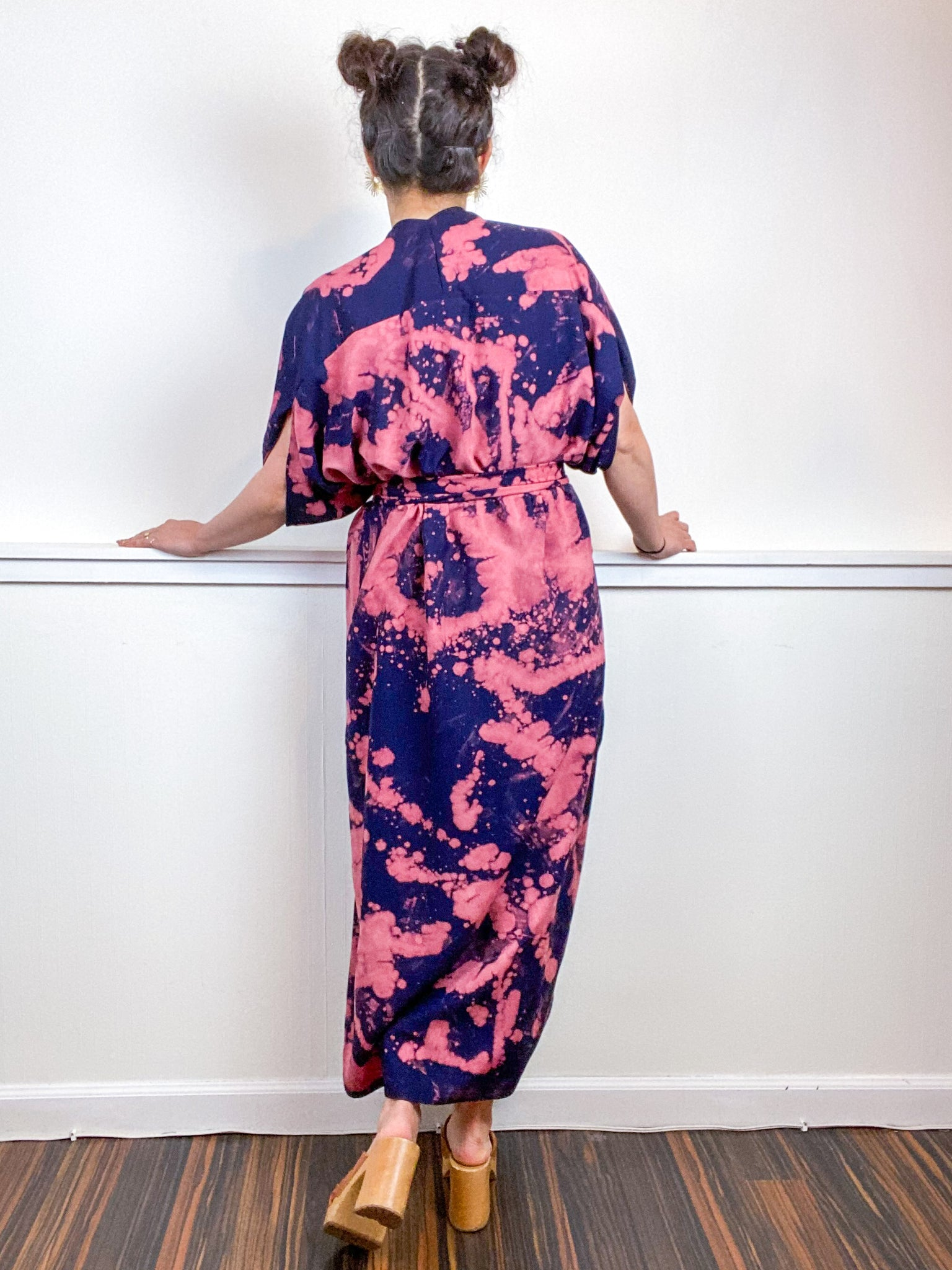 Hand-Dyed High Low Kimono Navy Peach Bleach